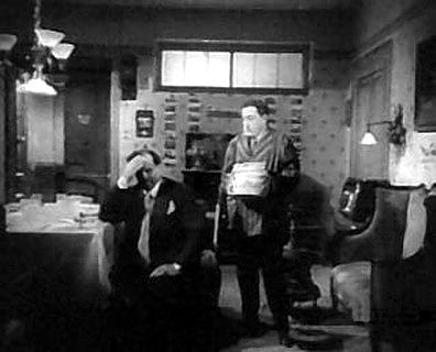 L 39 oro di napoli 1954 di vittorio de sica i film di tot streaming download completo - Tavolo n 19 film completo ...